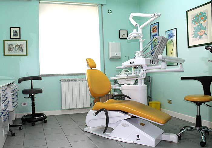 foto di una sala dello studio dentistico d'Alba